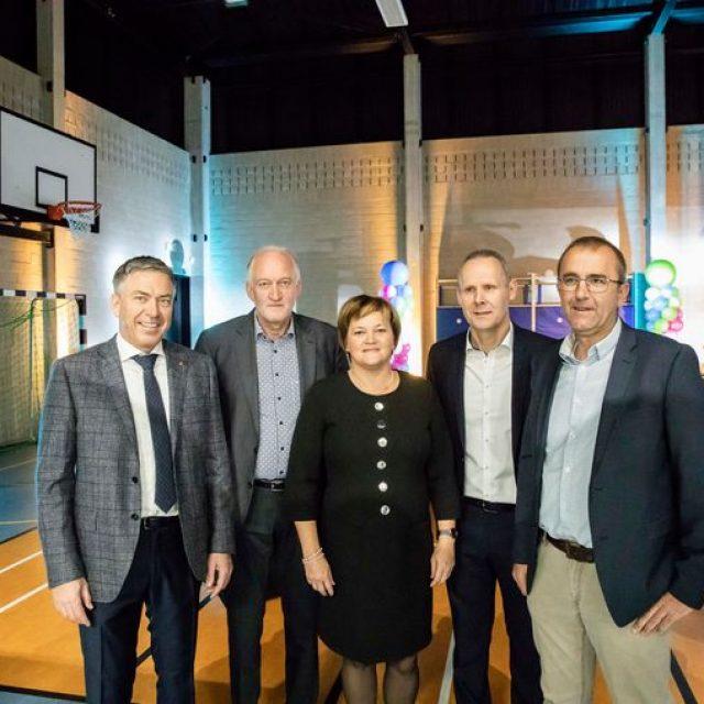 In de pers : opening nieuwe sporthal !